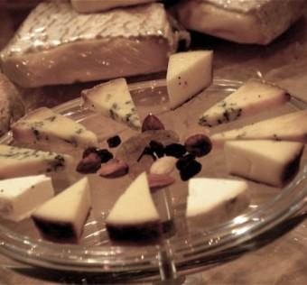concours-meilleur-ouvrier-de-france-2007-fromage-detail-decoupe