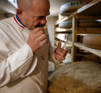 fromagerie-les-alpages-grenoble-cave-d-affinage-3