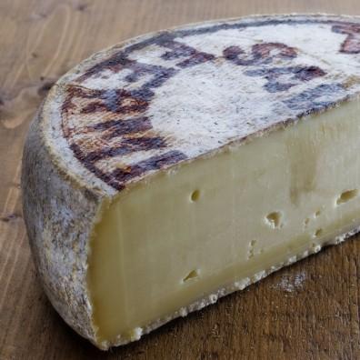tomme-de-savoie-fromage